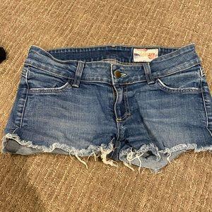 Siwy cut off denim shorts size 27